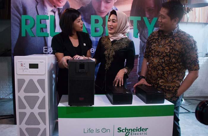 Schneider Electric Kenalkan Inovasi Proteksi Listrik untuk UMKM Indonesia